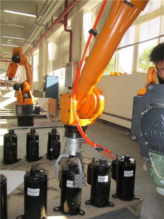 Electric Industrial Transport Robot For Production Line Mechanically Balanced